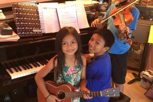 Photo #3: ELECTONE, VIOLIN, VIOLA, PIANO, GUITAR, VOICE AND UKULELE LESSONS
