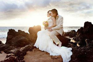 Photo #4: WEDDING & VOW RENEWAL PACKAGES