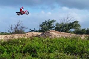 Photo #1: Jay's Motorcycle & Automotive Service