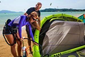 Photo #1: Kiteboard kitesurfing lessons Oahu. $200/2Hr