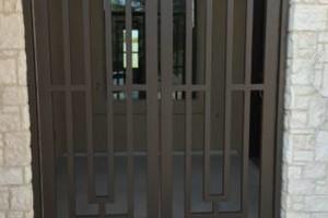 Photo #9: RODRIGUEZ WELDING. FENCE & GATES WORKS