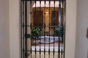 Photo #1: RODRIGUEZ WELDING. FENCE & GATES WORKS