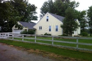 Photo #1: Country Pet Sitting - ANIMAL FARM & HOUSE