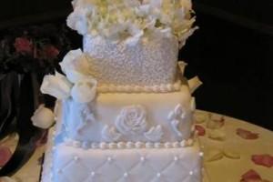 Photo #1: AZ Cake Shoppe. Custom Wedding Cakes