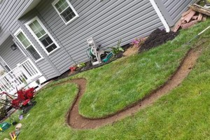 Photo #3: 1st Choice Lawn & Landscaping
