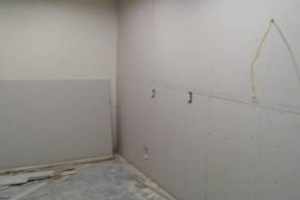 Photo #17: DRYWALL REPAIRS/ INSTALLATION