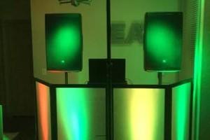 Photo #1: No limits entertainment. UNBEATABLE DJ/MC DEALS!