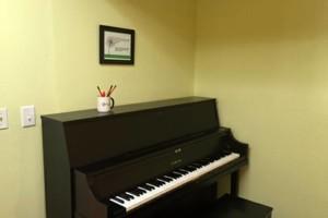 Photo #1: RK MUSIC STUDIO AND MUSIC SCHOOL