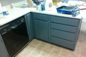 Photo #6: Right way painting. Kitchens $90-$110!