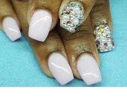 Photo #13: Nails - $15 full set design