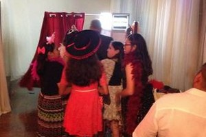 Photo #3: Photo Booth & Photography. Vela Photo Booth