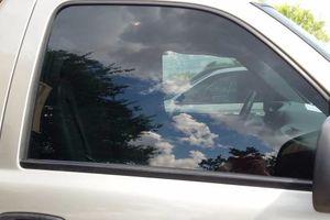 Photo #1: Window Tint/ Papel Ahumado
