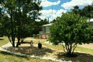 Photo #8: Rey's Lawn&Landscaping. Total Yard Makeovers!!