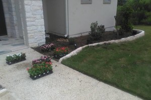 Photo #5: Rey's Lawn&Landscaping. Total Yard Makeovers!!
