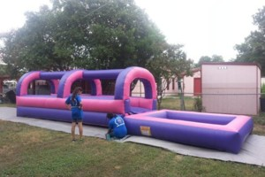 Photo #4: Margarita/popcorn machines, moonwalks, combos, obstacles, waterslides...