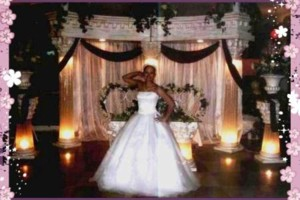 Photo #2: MY CINDERELLA CREATIONS. LINENS & CHAIRCOVERS AND BACKDROPS