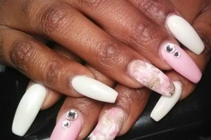 Photo #1: Quality nail services by Lavonta