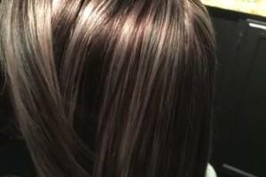 Photo #3: BRENDAS'HAIR MAJESTY STUDIO. HIGHLITES STARTING AT 45.00