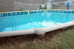 Photo #1: SWIMMING POOL CLEANER AND MAINTENANCE