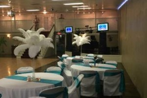 Photo #11: WHITE KNIGHTS BALLROOM (tables/chairs included)