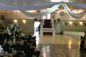 Photo #10: WHITE KNIGHTS BALLROOM (tables/chairs included)