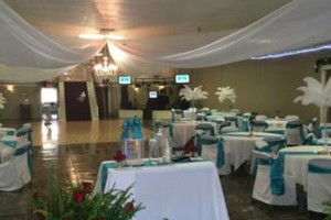 Photo #8: WHITE KNIGHTS BALLROOM (tables/chairs included)