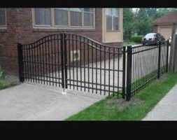 Photo #2: EXPERIENCED FENCE CONTRACTOR