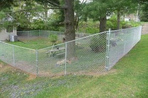 Photo #1: EXPERIENCED FENCE CONTRACTOR
