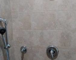 Photo #16: Crescent tile - full bath and kitchen renovation