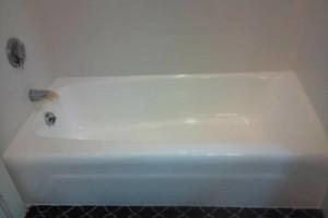 Photo #12: Bathtub Refinishing, New England Reglaze