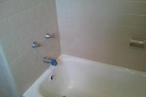 Photo #2: Bathtub Refinishing, New England Reglaze