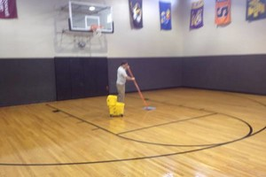 Photo #3: TH Commercial Cleaning - Office cleaning