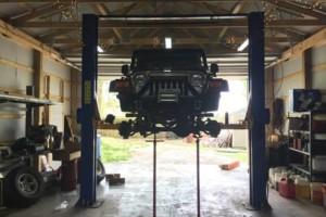 Photo #2: Slingin' Chrome Garage - Automotive specialist