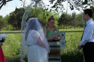 Photo #1: Traveling Wedding Minister Staci Anderson