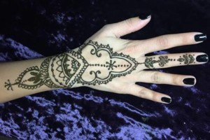 Photo #1: Beautiful henna designs by Ruth