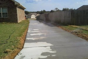 Photo #5: Concrete Cement Driveways, slabs, sidewalks, new/ crack repair