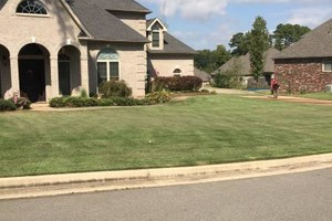Photo #4: Holloway Lawn Care