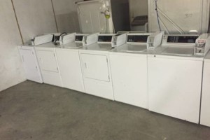 Photo #1: Full service laundry pickup and delivery