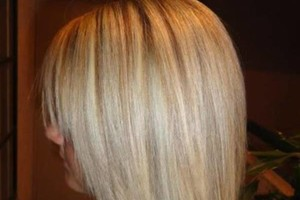 Photo #1: NEED AN AMAZING AND RELIABLE HAIRSTYLIST ?