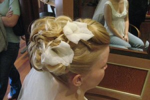 Photo #5: Wedding Hairstylist - I Come to You!