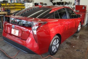 Photo #3: PROFESSIONAL MOBILE WINDOW TINTING (Mai's Mobile Tint)