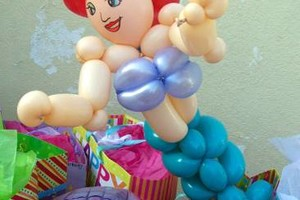 Photo #13: Amy Party Popper's. Extreme face painting & balloon twisting parties