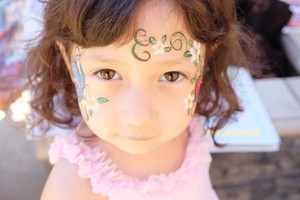 Photo #6: Amy Party Popper's. Extreme face painting & balloon twisting parties