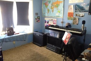 Photo #4: Guitar/Bass/Recording Lessons! $30/90min, $20/45min. $10 off first