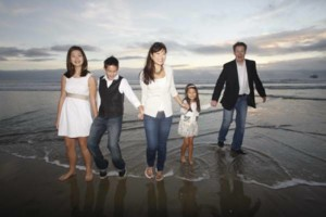 Photo #2: Freelance Photographer: Family & Engagement Portraits Only $75