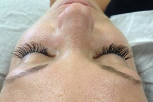 Photo #2: DEAL!!!SKY TANS AND LASH EXTENSIONS!!!