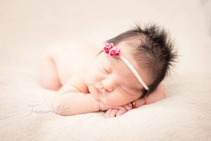 Photo #2: Treasure4Life Newborn Photography