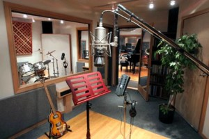 Photo #2: $40/Hr with Engineer - Recording/Editing/Mixing/Beat Production