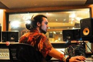 Photo #1: $40/Hr with Engineer - Recording/Editing/Mixing/Beat Production