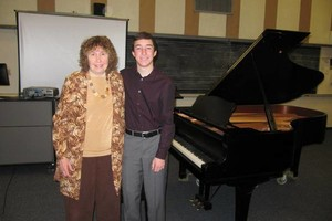 Photo #5: PIANO LESSONS!!! All levels - beginner to advanced